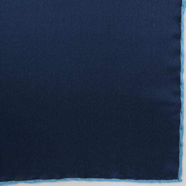 Silk pock square - navy and blue