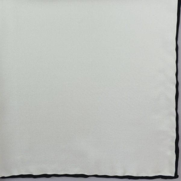 Silk pock square - white and black